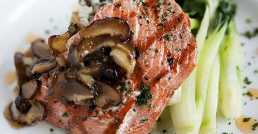 Omega-3 Fatty Acids | Salmon Dinner (flickr by evranch.com)