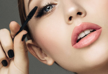 Lashes in bloom with mascara