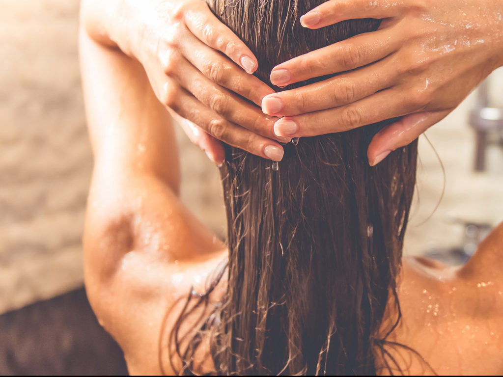 Is the No Poo Method Good for Your Hair?- Beauty – Health